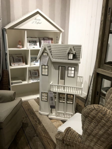 91322_riviera_maison_rm_victorian_doll_s_house_2